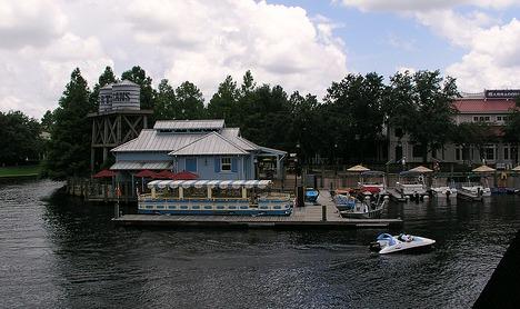 Riverside Marina by rickpilot_2000