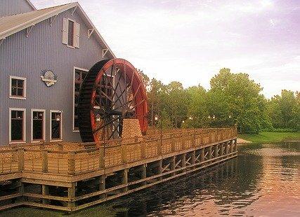 Port Orleans Water Wheel by rickpilot_2000